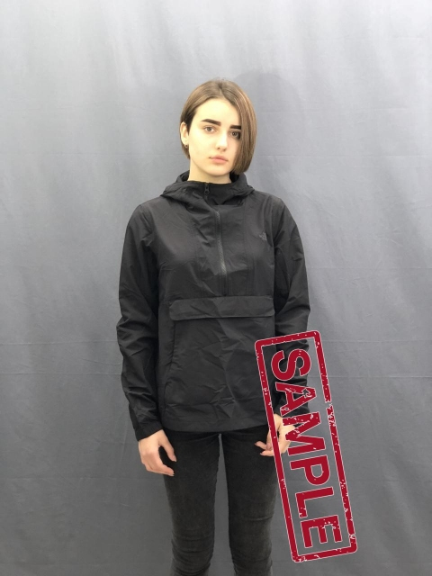 Жіноча куртка The North Face  Crwrn Wnd Anrk Wmn TNF Black  (розмір М)