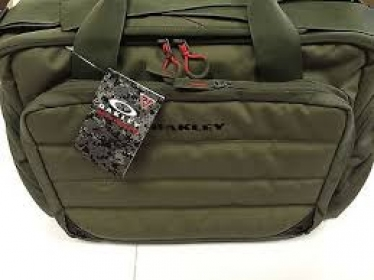 Сумка Oakley Breach Range Bag Worn Olive