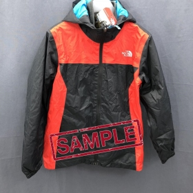 Дитяча куртка The North Face STORMY RAIN TRI ASPHALT GREY (розмір М)